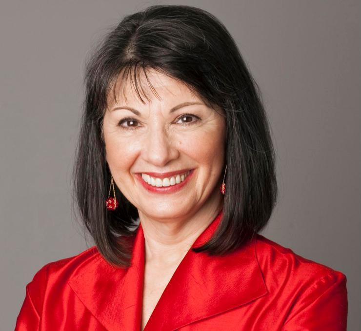 Gloria Feldt headshot